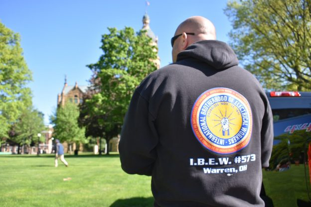 Veterans, students benefit from NECA-IBEW community outreach in 2017
